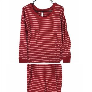 🎈 Gillian & OMalley Womens Large Pajama Set Red